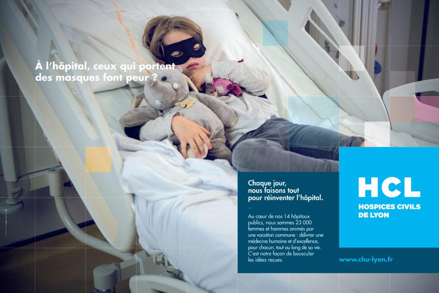 À l'hôpital, ceux qui portent des masques font peur ?